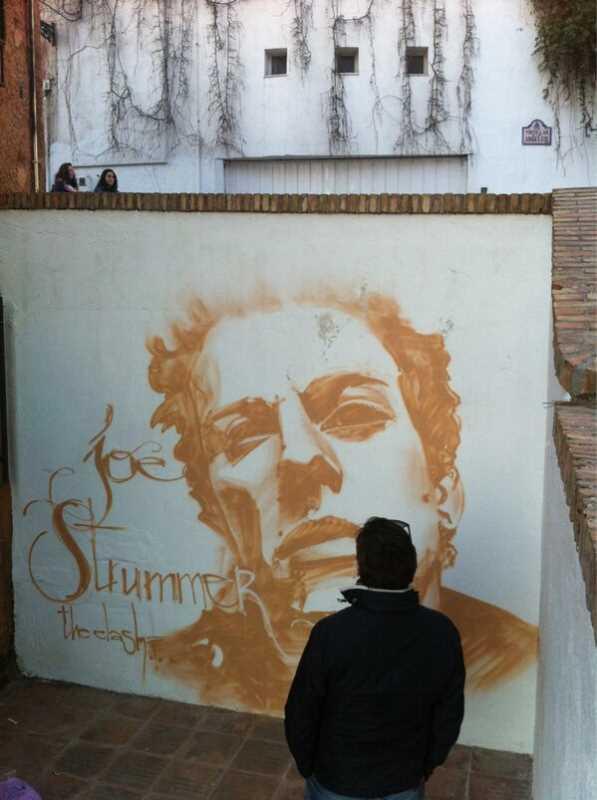 Strummer grafiti
