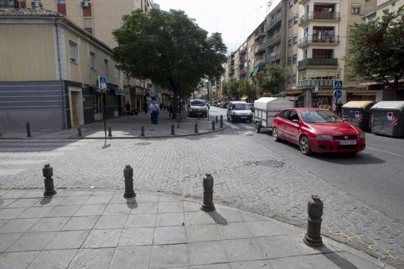 Cr ticas cableados for Piscina municipal la chana granada