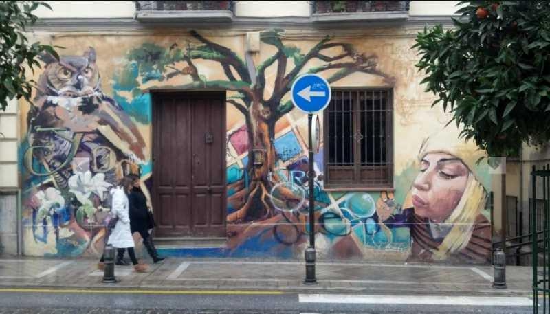 Grafitis calle Molinos