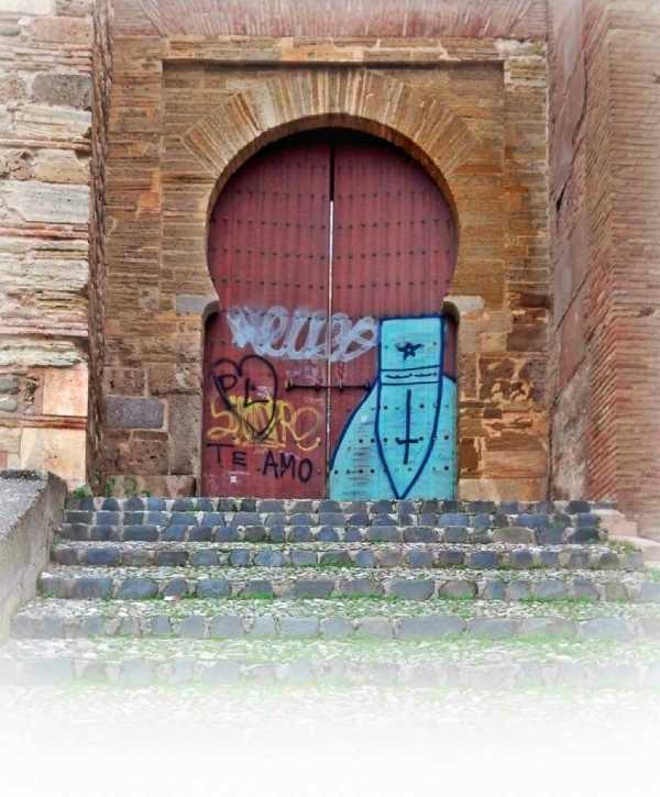 PuertaMonaita04