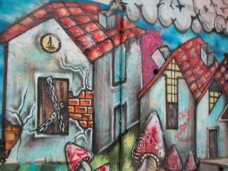 Graffiti conceptual de los excesos urbanos./ J. Vergara