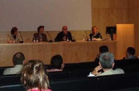 Participantes de la primera mesa redonda de la primera jornada de los Foros./ Archivo GR