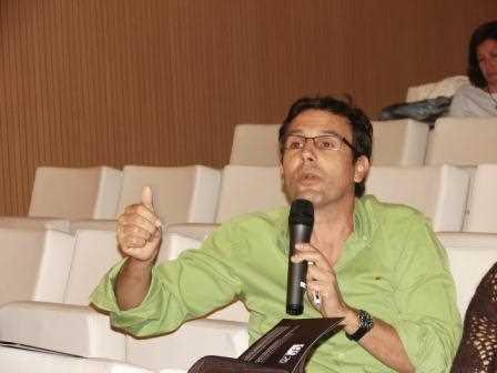 El Delegado de Innovación, Francisco Cuenca, interviniendo como asistente en nel anterior foro./ Angie