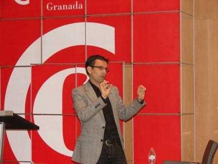 Paco Cuenca durante su intervención./ Angie