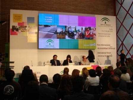 Inauguración del Foro Internacional sobre Accesibilidad Universal a cargo de Micaela Navarro.