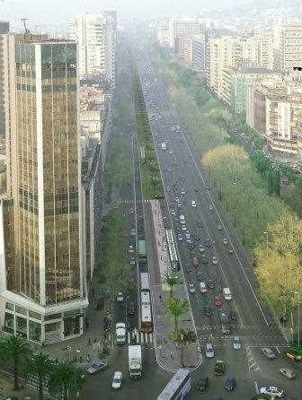 Vista de la Avenida Diagonal de Barcelona.