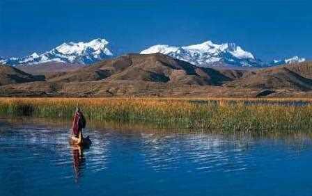 Lago Titicaca y Cordillera Real.