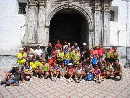 Foto de familia de Los Trotanoches.