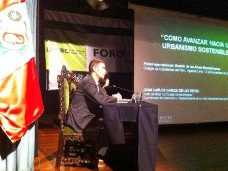 Juan Carlos García de los Reyes en plena intervención en el Foro Internacional.