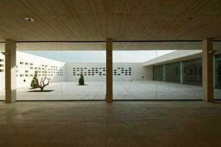 Museo Institucional de Madinat al-Zahra en Córdoba. Vista del patio interior.