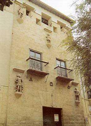 La Casa de los Tiros de Granada.
