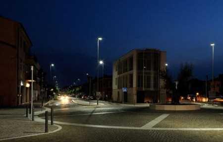 Vista urbana con iluminacion led. Fuente: revistaluminica.es