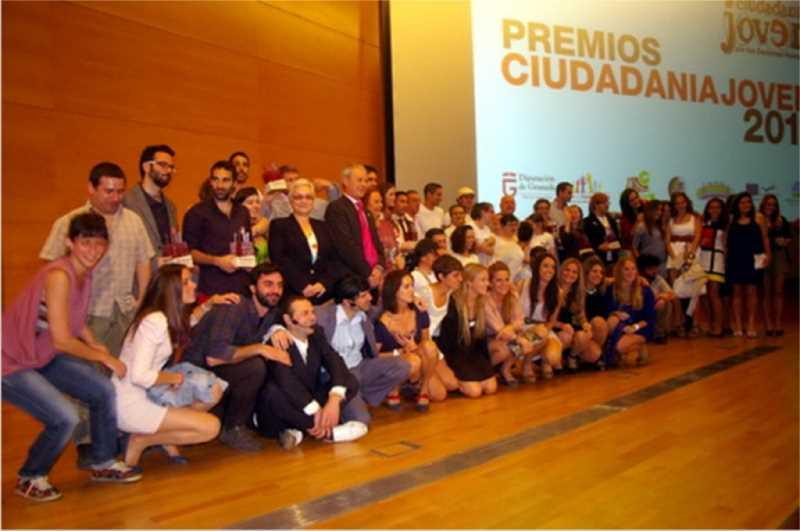 Imagen de los premiados. Fuente: infocostatropical.com