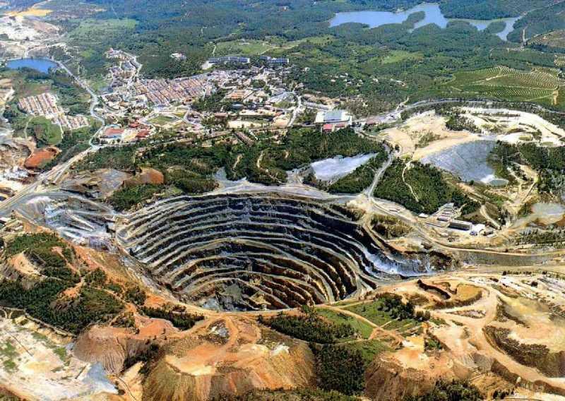 Imagen del paisaje minero. FUENTE: huelva-descubridora.com