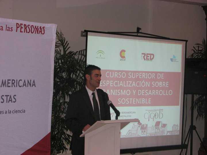 Juan Carlos Garcia de los Reyes en la sesion inaugural.