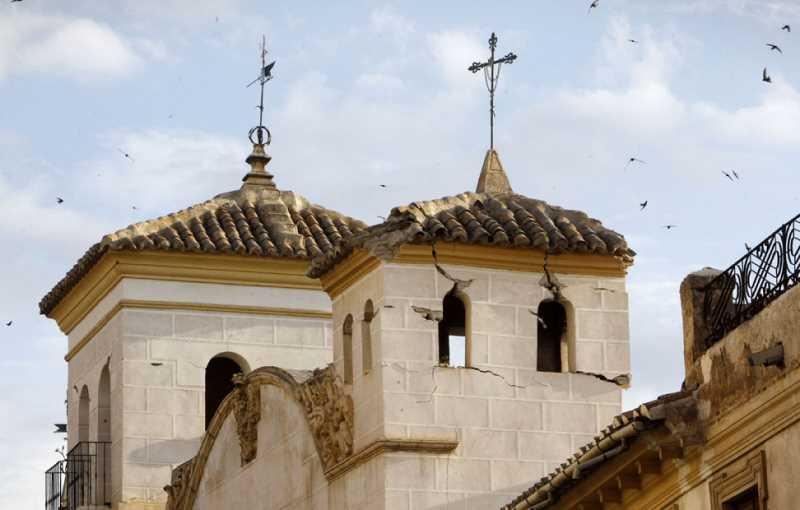 Daños en edificios históricos en Lorca. FUENTE: publico.es