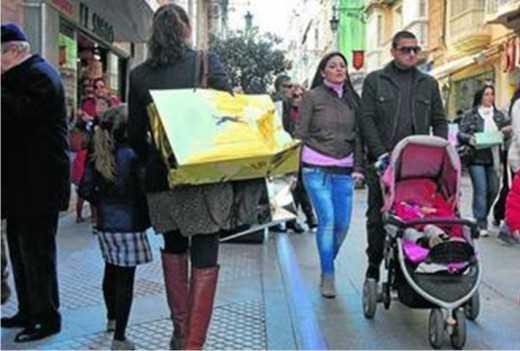Imagen de una calle comercial. FUENTE: Diario Sevilla