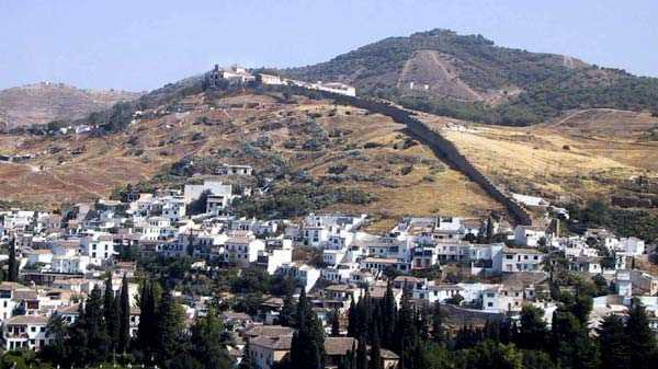 Panoramica del Sacromonte. FUENTE:vivagranada.com