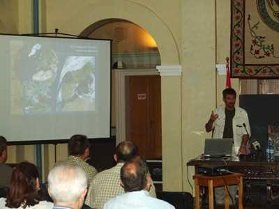 Imagen de la conferencia. FUENTE: comarcadeguadix.com