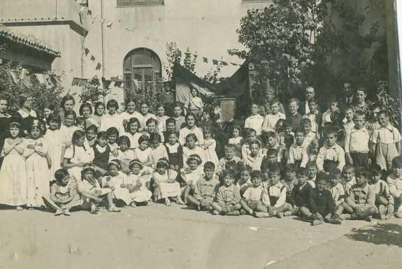 Imagen de época de los alumnos. FUENTE: Francisco Pipó