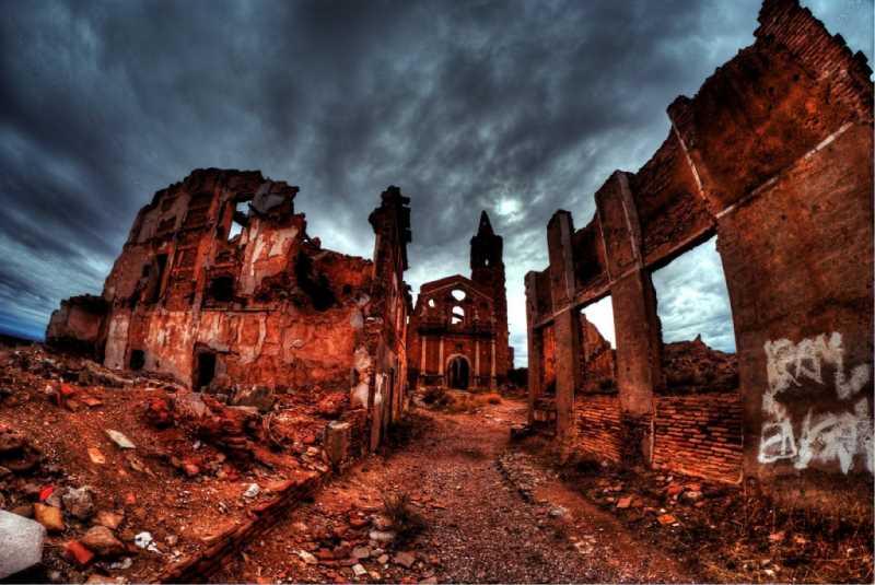 Pueblo abandonado de Belchite. FUENTE: abandonalia.blogspot.com