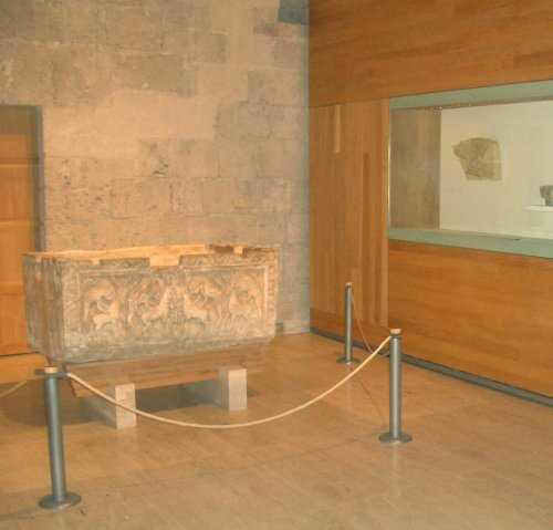 Imagen Sala III A. Decoración arquitectónica califal. Fuente: www.juntadeandalucia.es