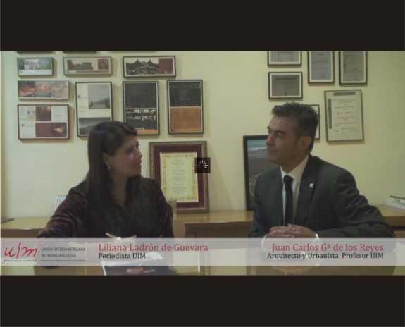 Pincha en la imagen para acceder al video de la entrevista