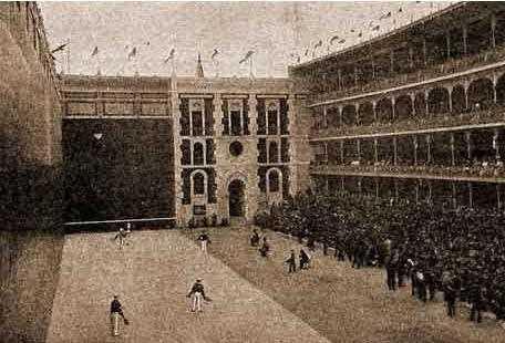 Imagen histórica del frontón. FUENTE: espormadrid.es