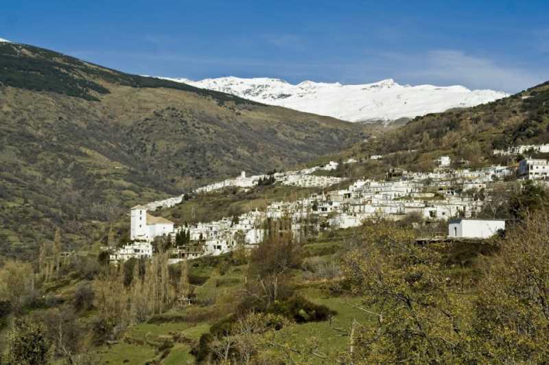 """Panoramica de la Alpujarra. FUENTE: Facebook """"Alpujarra Granada Patrimonio de la Humanidad"""""""