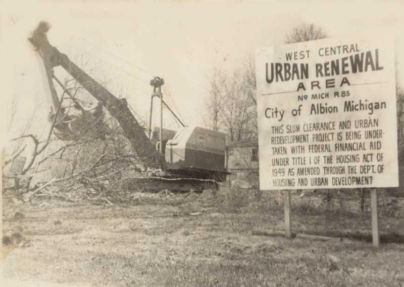 """Urban Renewal"". FUENTE: albionmich.com"