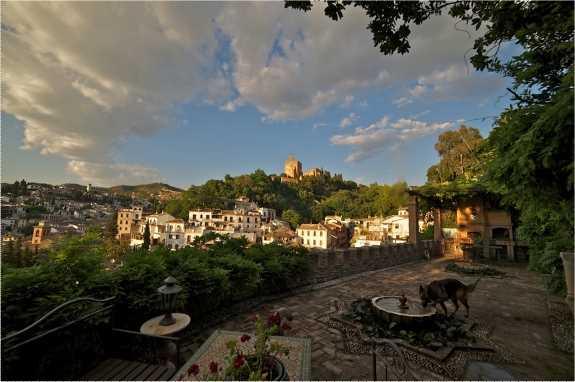 Vista de la Torre de la Vela. Fuente: Paco Pipó.