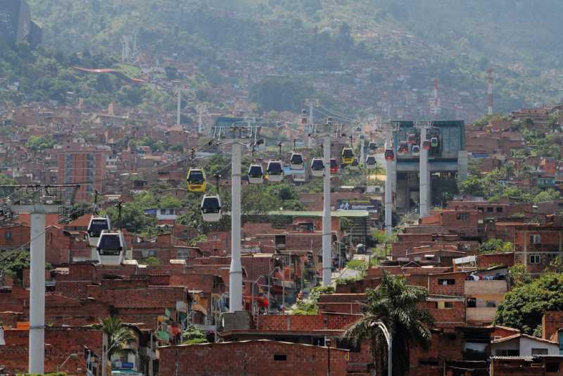 Metrocable de Medellín, primer cable aéreo para el transporte masivo de pasajeros.Fuente: Laciudadviva.org
