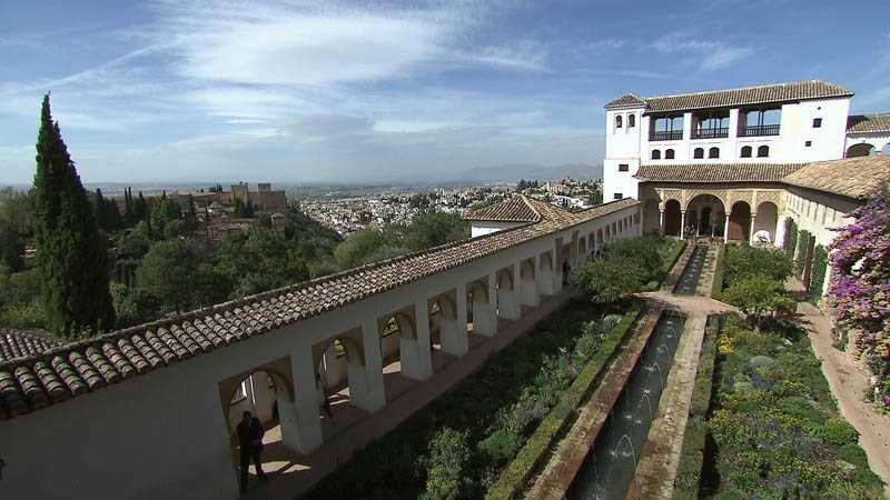 Patio de la Acequia del Generalife. Fuente: radiogranada.es