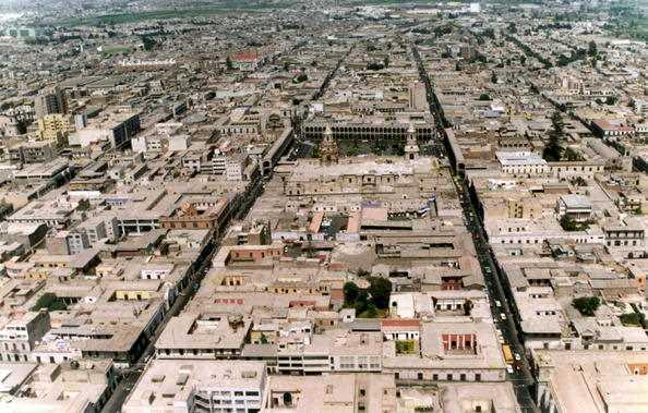 Imagen aréa del damero histórico de Arequipa. Fuente: perupacifictours.com
