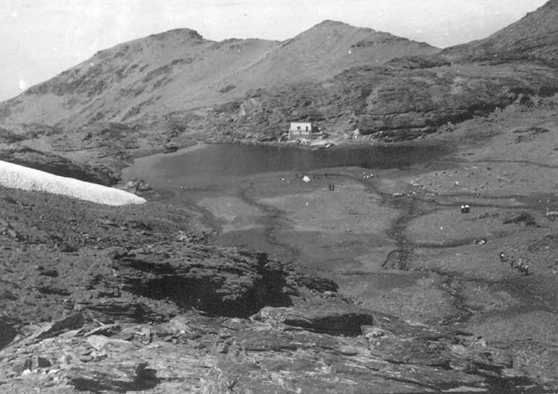 Lagunas de las Yeguas en los años 60-70.Fuente: nevasport.com