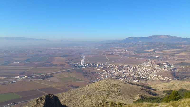 Vista de Pinos Puente desde Sierra Elvira. Fuente: Elaboración propia.