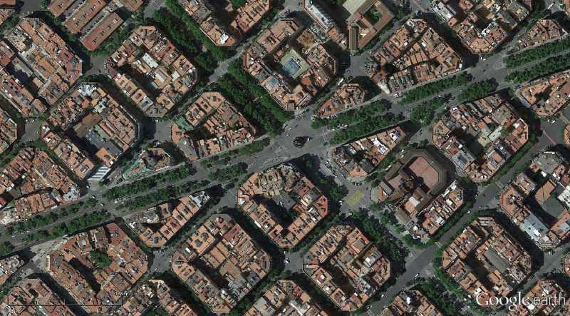Trama del ensanche barcelones de Cerdá y Avd. Diagonal. Fuente: Google Earth
