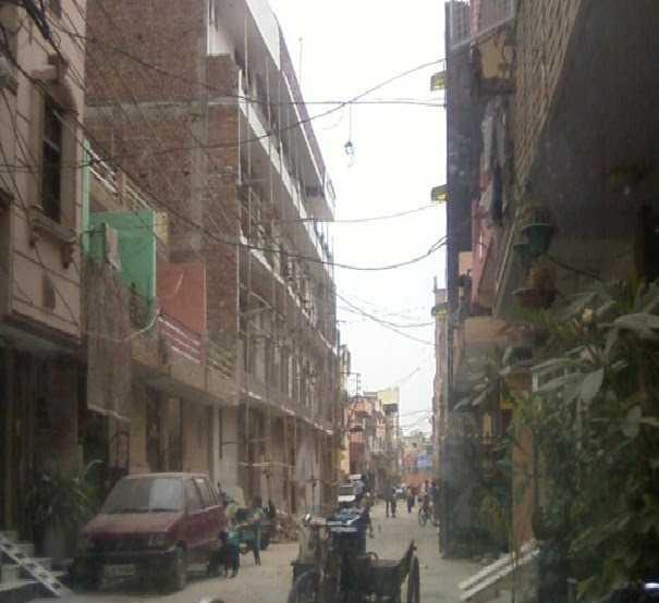 Suburbio de Nueva Delhi. Fuente: panoramio.com
