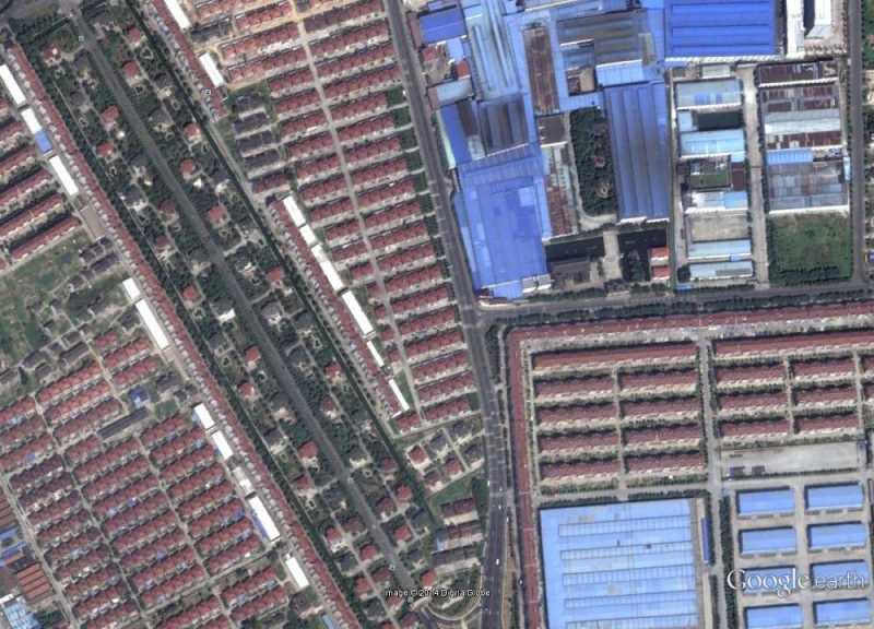 Mezcla de tramas residenciales e industriales. Fuente: Google Earth