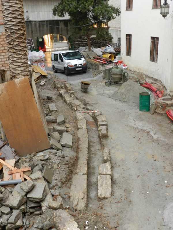Acequia hallada en el estudio arqueológico. FUENTE: M.I. Mancilla Cabello
