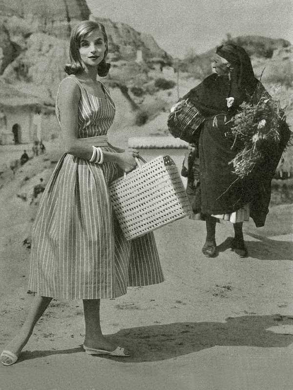 Revista Elle (Francia) 1957. Fuente: Torcuato Fandila