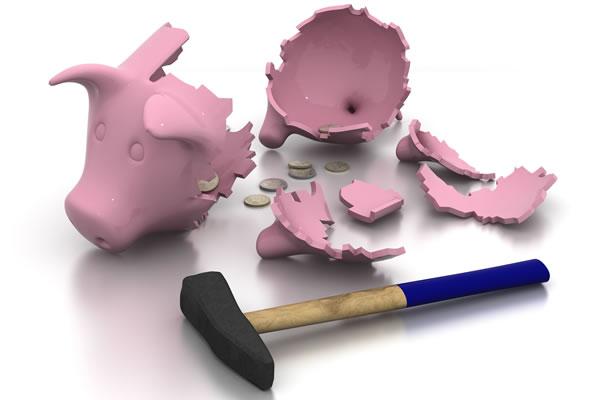 Para garantizar el pago de la deuda pública, será necesario incrementar el PIB en al menos dos puntos. :: FOTOLIA