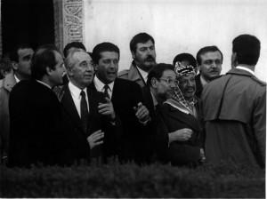 Visita del Yaser Arafat y Simón Péres a Granada, donde participaron en el Encuentro Internacional 'La Paz, un día después' organizado por la UNESCO. González Molero/Archivo de IDEAL 10 de diciembre de 1993