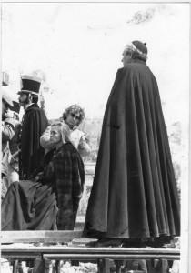 Pepa Flores se prepara para la escena de la ejecución de Mariana. Torres Molina/Archivo de IDEAL