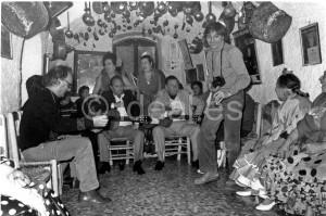 Carlos Saura y Antonio Gades en la zambra de María 'la canastera'. 7 de agosto de 1985
