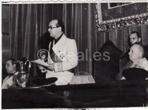 Ibáñez Martín se dirige a los asistentes a la inauguración de la Facultad. 9 de junio de 1944 Torres Molina/archivo de IDEAL